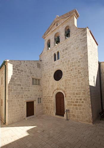 Samostan i Crkva - Pag